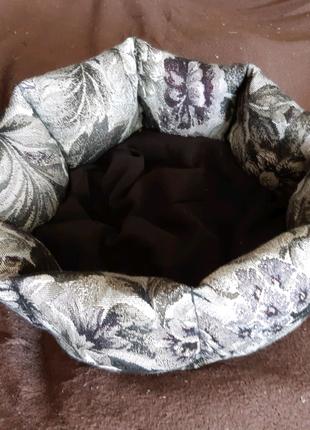 Лежанка лежак спальное место для кошек и собак размер 30×30 см
