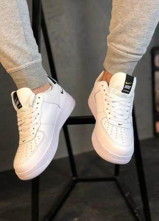 Кроссовки: nike air force 1 utility white.