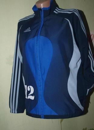 Спортивная куртка ветровка adidas мальчишке 150-154 рост