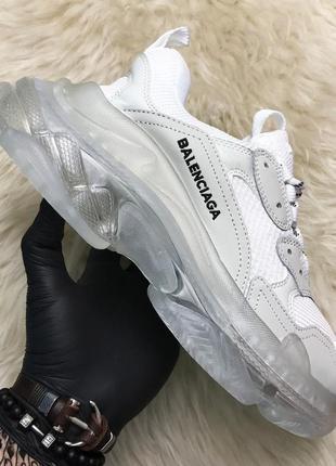 Кроссовки в стиле balenciaga triple s clear sole white grey.