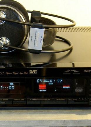 Кассетная дека Pioneer D-1000 DAT