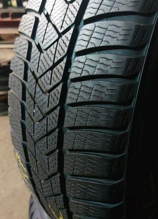 Пара зимних шин Pirelli Sottozero 3 winter RUNFLAT 225/55 r17