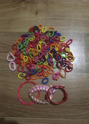 Набор 128  резинок для волос и 3 классных браслета для девочки