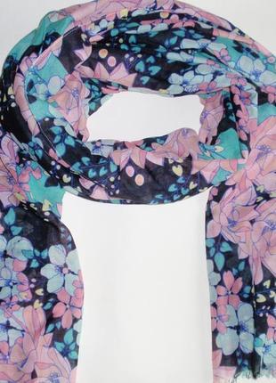 Шарф женский палантин в цветы бренд accessoires c&a, германия