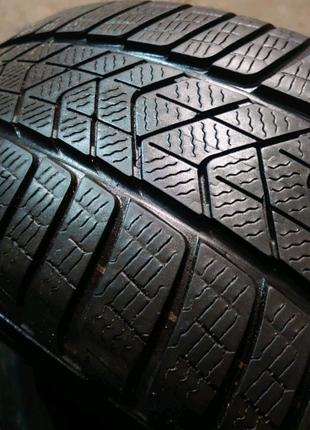 Пара зимних шин Pirelli Sottozero 3 winter RUNFLAT 245/50 r19