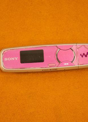 Mp3 плеер Sony Walkman NWZ-B135 (Не включается)