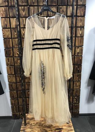 Платье с паетками фатин