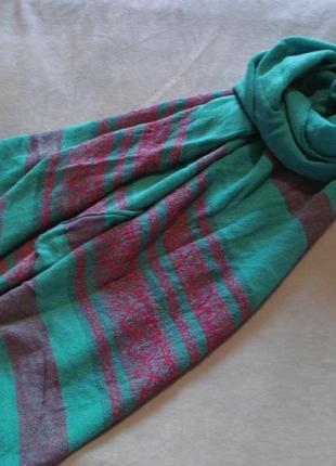 Зимний шарф-палантин