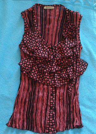 Летняя блузка с рюшами
