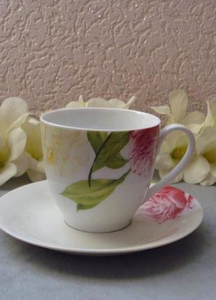 Чайно-кофейный набор с розами на 4 предмета