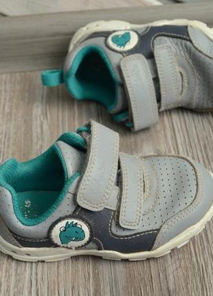 Кроссовки ботинки с мигалками clarks 21g