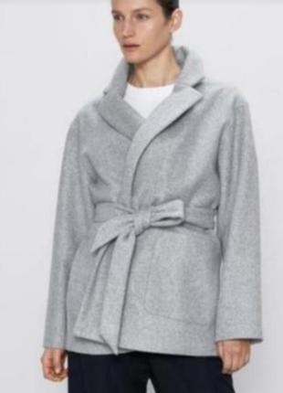 Пальто zara без подкладки.