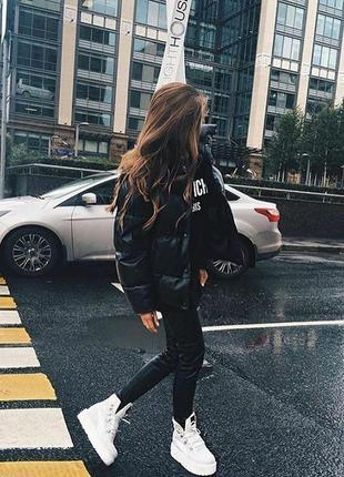 Фирменная демисезонная дутая черная куртка colin's
