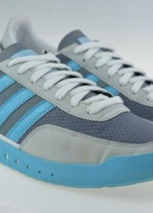Редкая модель кроссовок винтаж уникальный дизайн adidas origin...