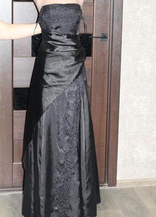 Роскошное платье lissa париж на корсете