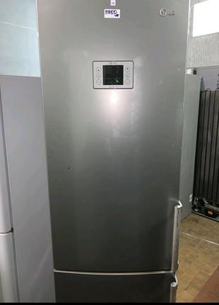 Холодильник срібний LG NOFROST стан ідеальний 200/60/60