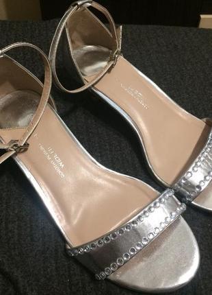 Dorothy perkins сандали босоножки серебро с камнями 26-26.5 см