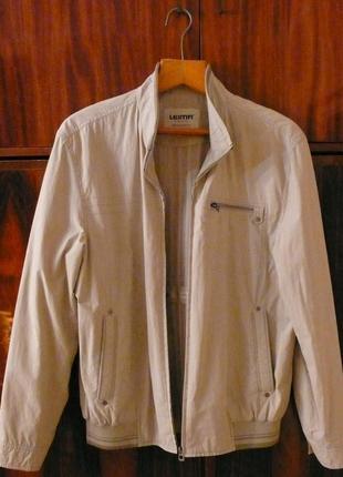 Мужская куртка Leima. Размер 50.