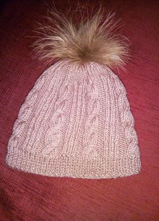 Женская шапка бумбон кролика