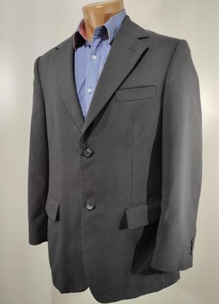 Мужской темно - синий костюм размер 46