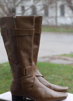 Стильные кожаные сапоги central park 38 разм