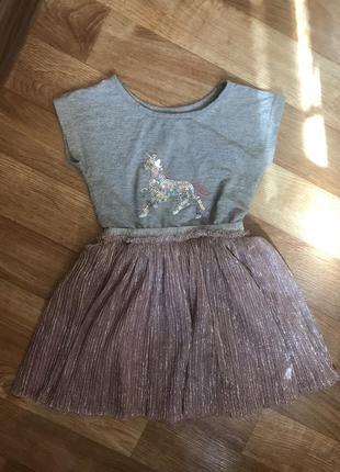 Нарядное платье с аппликацией из пайеток пони единорог