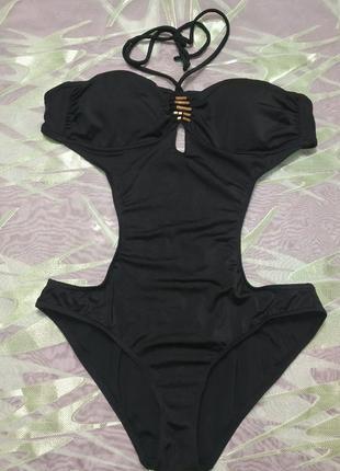 Черный фирменный сдельный купальник монокини с декором