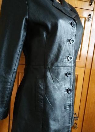 Женская кожаная куртка akaso.