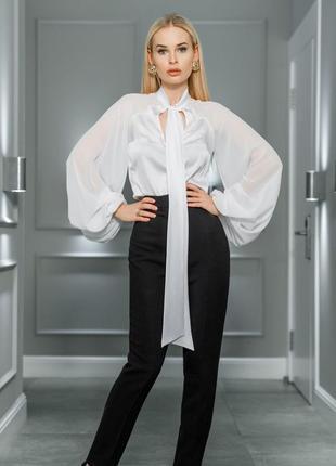 Блуза с рукавами-фонариками