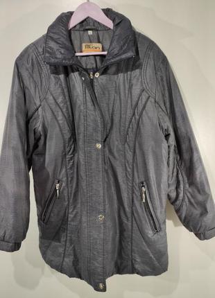 Женская перламутровая куртка весна - осень размер xl