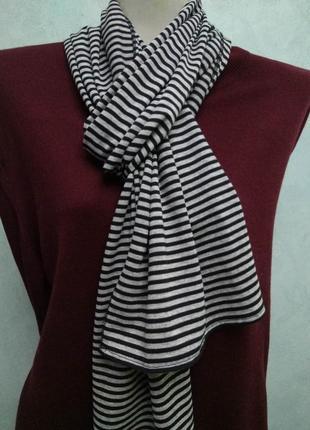 Стильный трикотажный шарф в полоску marks & spencer унисекс сн...