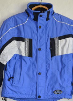 Куртка лыжная на 10 лет