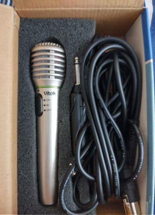 Продам Мікрофон Vitek vt-3832