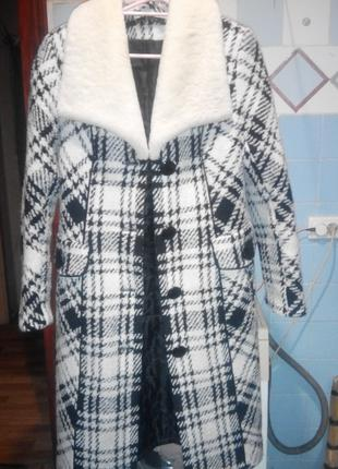 Пальто шерстяной