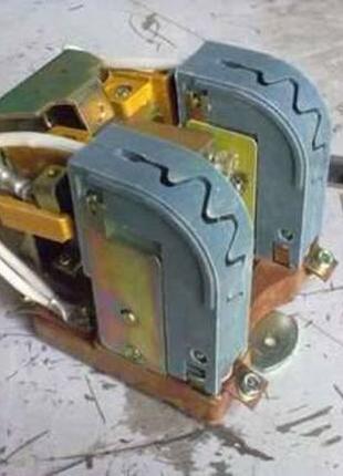 Контактор ТКПМ-121 для тепловоза ТГМ4 ТГМ6 ТЭМ2