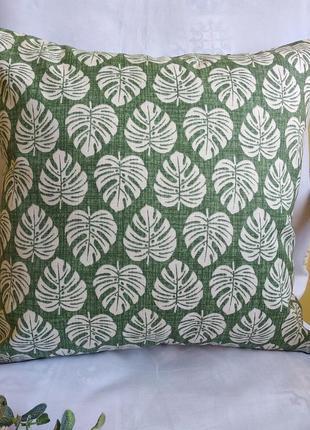 Декоративная наволочка 40*40 см зеленая  с листьями мини монстера