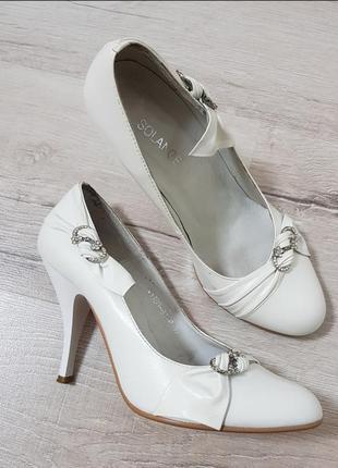 Кожаные белые свадебные туфли лодочки натуральная кожа