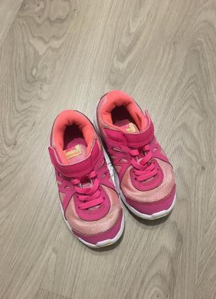 Кроссовки для девочки от nike