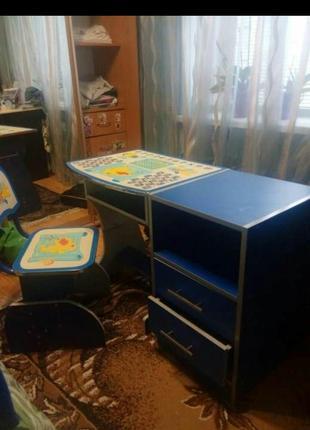 детский комплект парта и стул