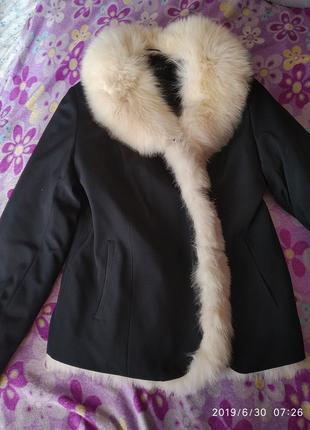 Курточка женская зимняя с мехом