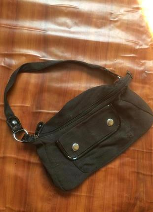 Маленька чорна сумочка сумка