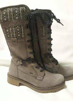 Стильные высокие сапоги на шнуровке с вязкой бренда landrover