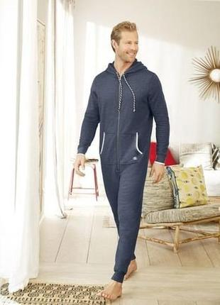 Отличный мужской комбинезон пижама домашний костюм livergy