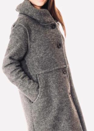 Итальянское шерстяное пальто от newcollection