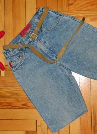 Шорты джинсовые на мальчика подростка с поясом.
