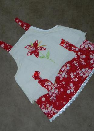Платье сарафан белое красным цветком на девочку 12-18 мес.