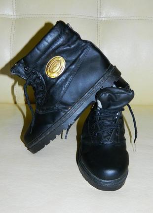 Новые сапоги ботинки зимние черные на мальчика р. 32