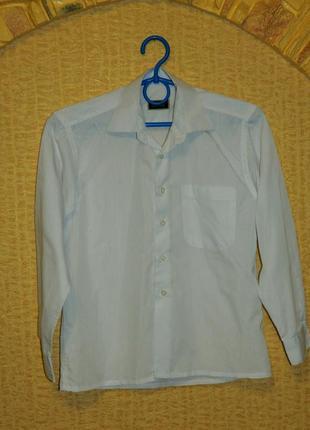 Белая рубашка на мальчика с длинным рукавом на 8-10 лет dan felo