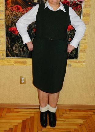 Костюм женский юбка и жилетка темно зеленый р. 50-52
