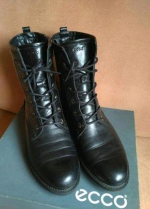 Женские демисезонные ботинки Полусапожки ЕССО